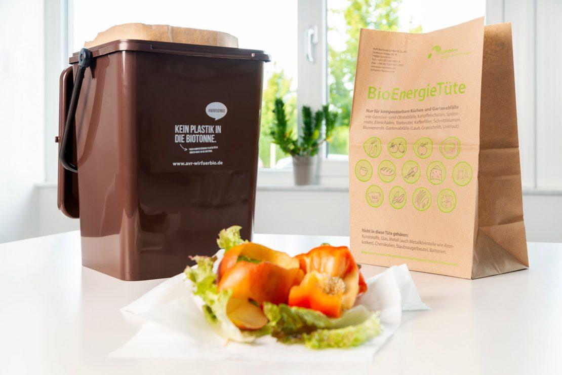 Biomüll auf Haushaltspapier