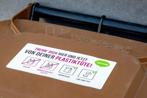 #wirfuerbio-Tonnenaufkleber auf Biotonne